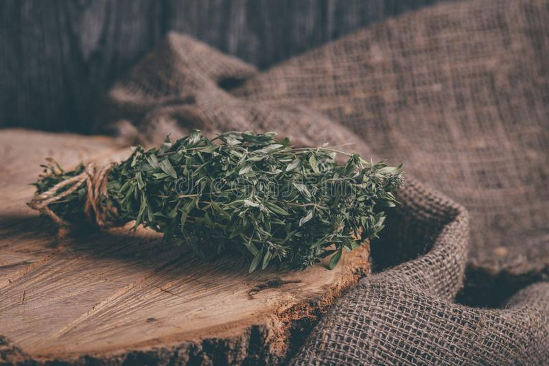 What Is A Sprig Of Thyme